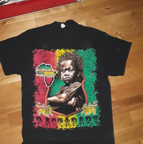 Mens XL Rasta shirt